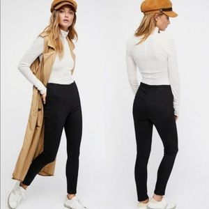 NWT Free People Ultra-High Pull-On Skinny Jeans